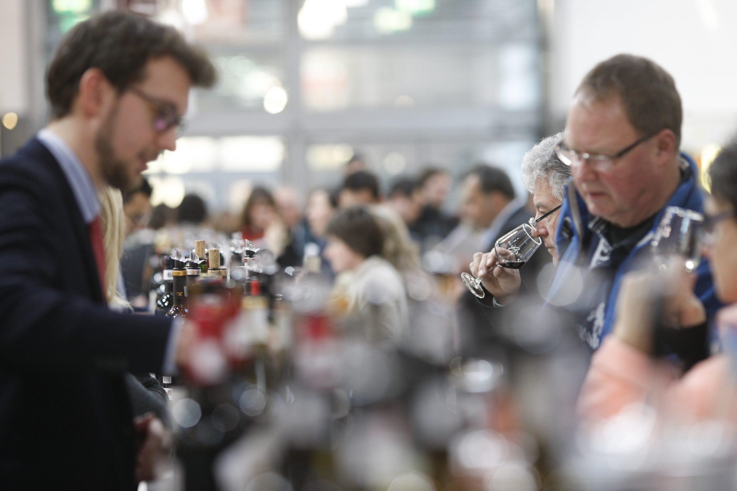 Interesse und Getümmel auf der ProWein 2019 in Düsseldorf