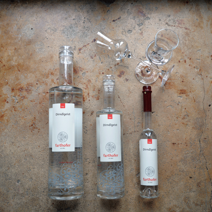 Dirndlgeist (700, 350 und 100 ml) - Destillerie Farthofer