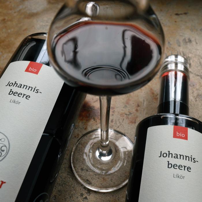 Bio Johannisbeerlikör (700 und 350 ml) - Destillerie Farthofer