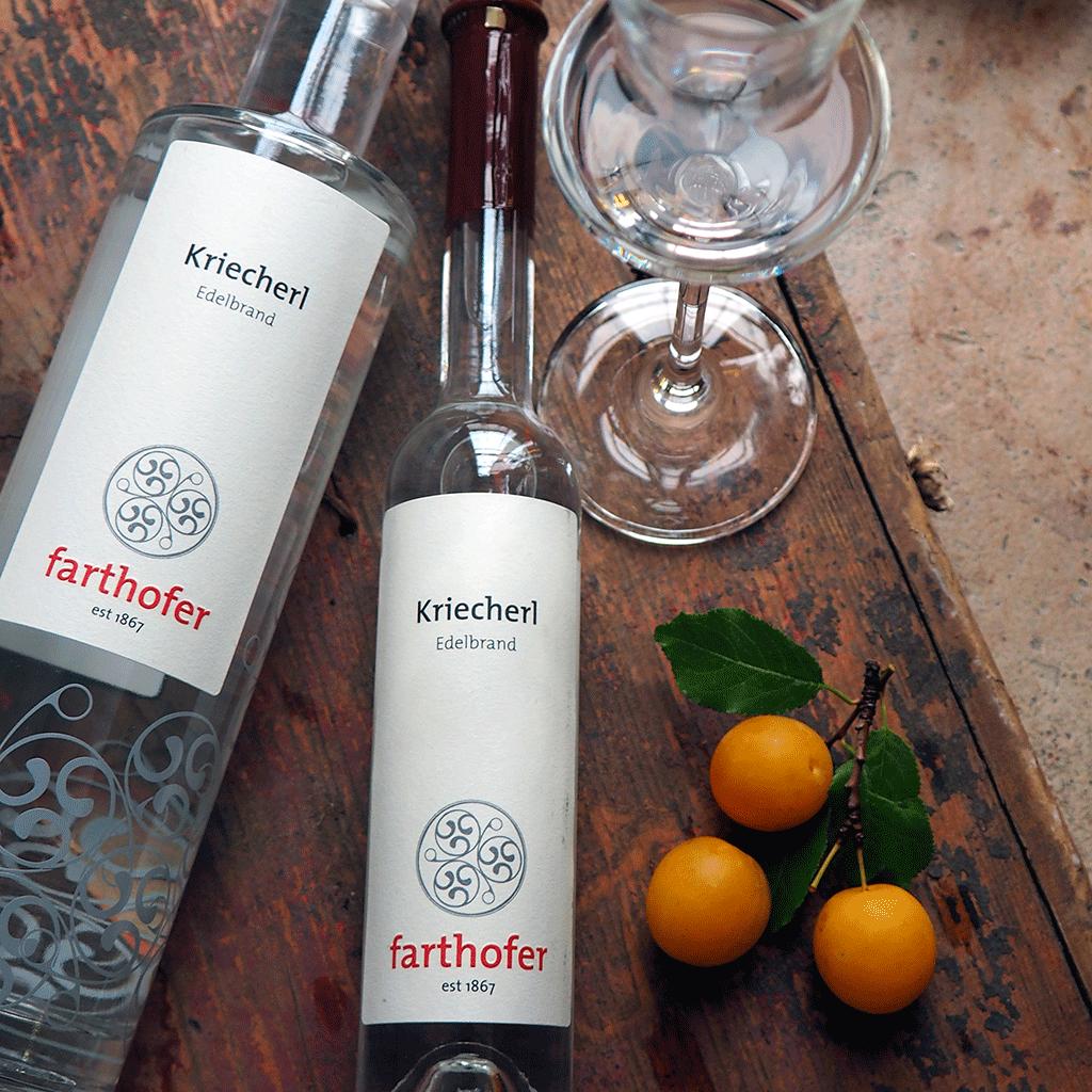 Kriecherl Edelbrand (700 und 350 ml) - Destillerie Farthofer