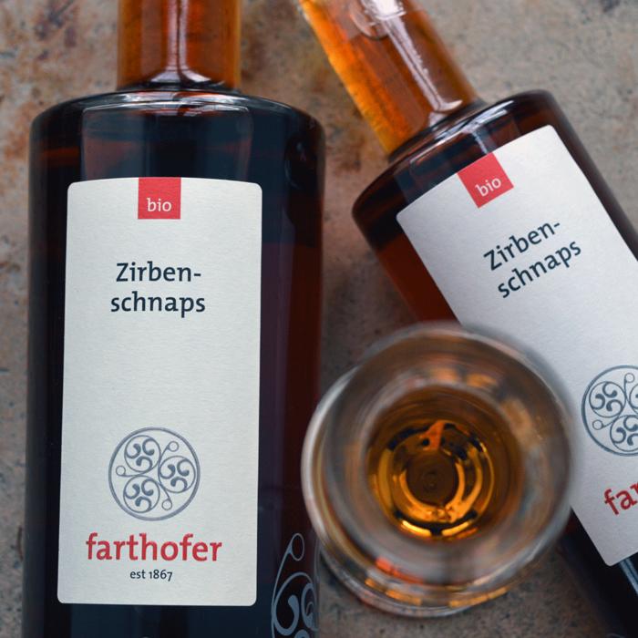 Bio Zirbenschnaps (700 und 350 ml) - Destillerie Farthofer